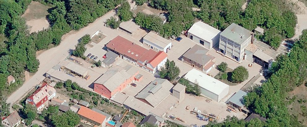 Aerial view of IBU-tec in 2001, specialist for thermal treatment of chemical materials in Weimar